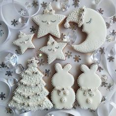 Chocolate biscuits with caramel fondant heart - HQ Recipes Christmas Sugar Cookies, Christmas Cupcakes, Gingerbread Cookies, Sugar Cookie Icing, Cookie Frosting, Cute Cookies, Cupcake Cookies, Christmas Goodies, Christmas Baking