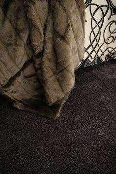 Het ultieme gevoel van tapijt: 's Ochtends op staan met je blote voeten op heerlijk luxueuze en zacht tapijt. #Willard