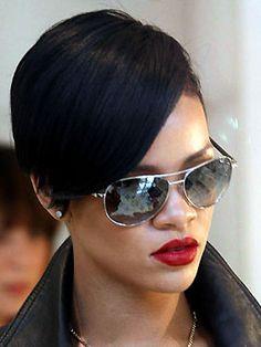 Rihanna Sunglasses Rihanna Feat Glasses Umbrella Rhihanna Rianna Sunglasses Fashion Hair Styles Rihanna bob hairstyles