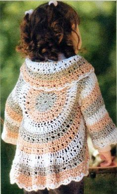 Excellent Totally Free Crochet cardigan hippie Tips Knitting And Beading Wedding Bridal Accessories and Free pattern: Handmade circular crochet shrug b Crochet Shrug Pattern Free, Bolero Pattern, Free Crochet, Crochet Patterns, Free Pattern, Simple Crochet, Jacket Pattern, Knitting Patterns, Crochet Gratis