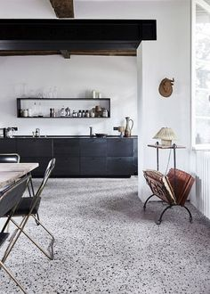 Terrazzo floor for a 2019 mid-century house renovation - Arredamento estivo Rustic French Country, French Country House, Modern Rustic, Rustic Style, Country Style, French Farmhouse, Vintage Modern, Küchen Design, Interior Design
