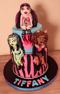 Monsters high birthday cake edible fondant figurine of Frankie Stein, Clawdeen Wolf and Craculaura Monster High Birthday Cake, Girly Birthday Cakes, Serendipity, Fondant, Monsters, Wolf, Desserts, Kids, Toddlers
