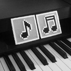 Musical Notes Coaster - Perler Hama Beads - Beadsmeetgeeks