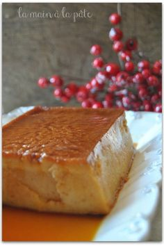 Flan with donuts Dessert Simple, Beignets, Creme Brulee, Cheesecake Recipes, Easy Desserts, Fall Recipes, Cornbread, Mousse, Caramel