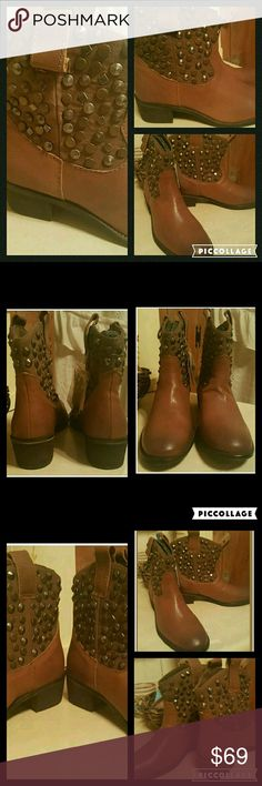 Zara Studded Western Cowboy Ankle Boots Distressed NWT ZARA TRAFULAC..NO BOX BUT HAS TAGS   WESTERN STUDDED COWBOY BOOTS ANKLE BOOTS BOOTIES  SZ US 6.5 /EU 37  NICE DISTRESSED PATINA..COLOR COMBO IS A