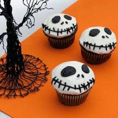 Jack skellington nightmare before Christmas cupcakes