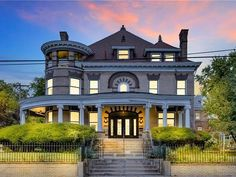 1903 Colonial Revival For Sale In Pittsburgh Pennsylvania
