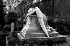 Resultado de imagem para arte no cemiterio