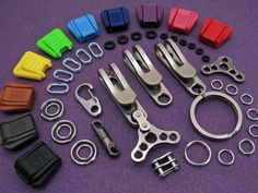 Designed for front pocket carry, the GambleMade Mini-D provides a better way to organize, carry and retrieve keys and key chain sized gear comfortably and efficiently.