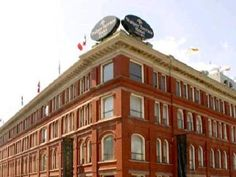 Kitchener (ON) The Walper Hotel Canada, North America The Walper Hotel is perfectly located for both business and leisure guests in Kitchener (ON). The property features a wide range of facilities to make your stay a pleasant experience. 24-hour front desk, Wi-Fi in public areas, salon, dry cleaning, laundry service are just some of the facilities on offer. All rooms are designed and decorated to make guests feel right at home, and some rooms come with seating area, refrigerat...