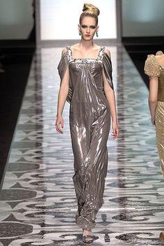 Valentino Fall 2007 Couture Fashion Show - Romina Lanaro (NATHALIE)