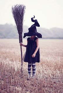 Dark Goddess Musings Halloween Scene, Theme Halloween, Halloween 2020, Vintage Halloween, Fall Halloween, Happy Halloween, Halloween Costumes, Kids Witch Costume, Wicca
