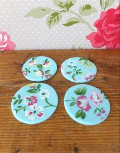 Cath Kidston inspired, pretty blue cupcake toppers.