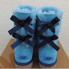 Blue Uggs #CustomUggs #BlueUggs #BaileyBow #Bluebaileybowuggs