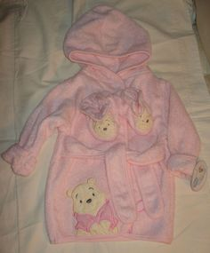 """Baby Girl """"Winnie the Pooh"""" Pink Bath Robe & Slippers 0-9 months NWT"""