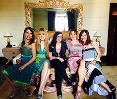 Sally Moriconi, Georgia Viero, Vanessa Foglia, Alma Manera ed Emanuela Corsello... tutte in stile Abitart!