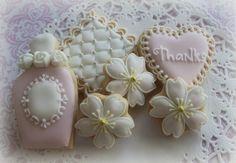 Love the Cherry Blossom Cookies! Flower Sugar Cookies, Blossom Cookies, Tree Cookies, Cupcakes, Cupcake Cookies, Japanese Cookies, Mint Lemonade, Set Cookie, Cookie Ideas