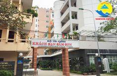 cổng chính khách sạn Bộ Tài Chính Sầm Sơn