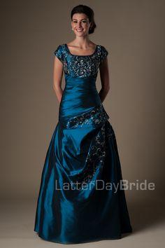 Modest Prom Dresses : Bree (navy) $345