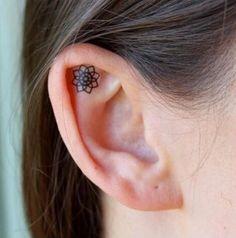 Die schönsten Tattoomotive für das Ohr