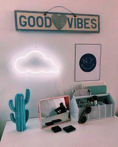 Super Ideas For Bedroom Desk Diy Dorm Room Cute Room Ideas, Cute Room Decor, Bedroom Desk, Room Ideas Bedroom, Bedroom Inspo, Diy Bedroom, Teenage Room Decor, Room Goals, Aesthetic Room Decor