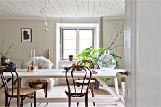 Dining room in a charming 19th century house on Gotland.