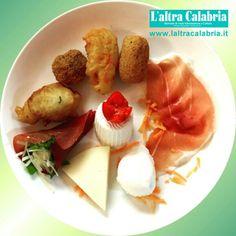 La #Calabria a #Expo2015 ☆ #gastronomia #Expomilano2015 #Milano ☆ www.laltracalabria.it