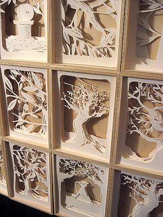 Le 12 scatole paper cut art dioramas - Decoration for House Kirigami, 3d Paper, Origami Paper, Paper Boxes, 3d Cuts, Art Plastique, Art Lessons, Paper Flowers, Book Art
