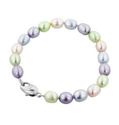 @Honora K. Pearl Bracelet from @descenzadiamonds