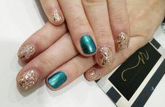 #RePost Shoshana Had so much fun with this #hollywood inspired #Shellac Manicure. #salonrushelle #brooklynmi #nails #alltheprettynails #sundayfunday  #nailstagram #nailsmagazine #modernsalon