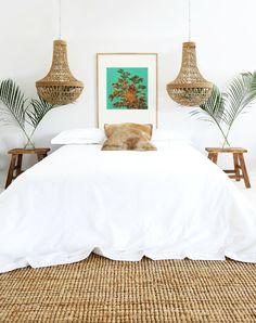 Dormitorio de verano con decoración muy natural y mediterránea