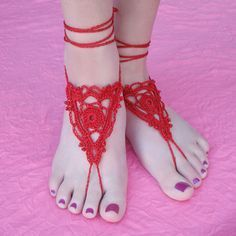 Free Crochet Pattern: Goddess Barefoot Sandals -- great idea for getting married barefoot!
