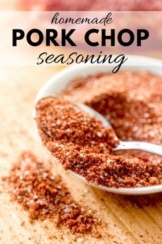 pork chop recipes This pork chop seasoning is the perfect blend of spices straight from your pantry. Quick and easy seasoning recipe for grilled pork chops, baked pork chops, or pan seared pork chops! Pork Seasoning, Seasoning Mixes, Grill Seasoning Recipe, Outback Steak Seasoning, Dry Rub Recipes, Pork Chop Recipes, Homemade Spices, Homemade Seasonings, Seared Pork Chops