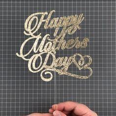 Diy Cake Topper, Cake Topper Tutorial, Birthday Cake Toppers, Paper Flower Tutorial, Paper Flowers Diy, Diy Birthday Decorations, Birthday Diy, Cricut Cake, Diy Wedding Cake