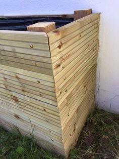 Vis à bois dans l'angle Potager Palettes, Daisy Brand, Garden Planter Boxes, Permaculture, Dose Of Colors, Rose Buds, Garden Design, Backyard, Wood