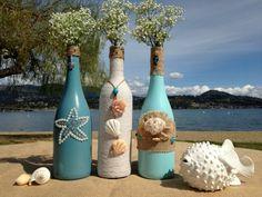 Super ideas for wedding beach diy wine bottles Recycled Wine Bottles, Wine Bottle Art, Painted Wine Bottles, Wine Bottle Crafts, Decorated Bottles, Decorative Wine Bottles, Empty Wine Bottles, Wrapped Wine Bottles, Wedding Wine Bottles