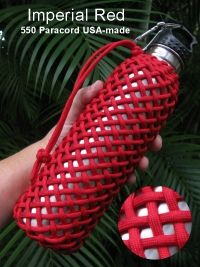 Wrap water bottle with parachord for hiking Rope Knots, Macrame Knots, Couture Cuir, Paracord Bracelets, Knot Bracelets, Survival Bracelets, 550 Paracord, Paracord Ideas, Parachute Cord