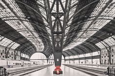 Train Station Barcelona - Franck Bohbot