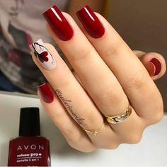Semi-permanent varnish, false nails, patches: which manicure to choose? - My Nails Nail Art Designs Videos, Fall Nail Art Designs, Acrylic Nail Designs, Stylish Nails, Trendy Nails, Cute Nails, Red Gel Nails, Red Nail Art, Nail Nail