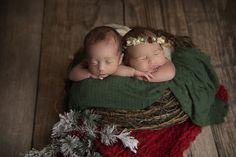 Utah Newborn Photographer Ben and Riley Newborn twins poses newborn poses