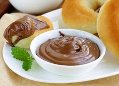 Nutella de casă — pastă naturală de ciocolată și nuci! - Retete-Usoare.eu