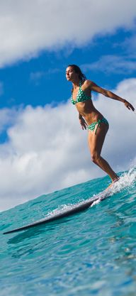 This will be me working it out by riding waves, one of these days #movetothebeach #DVFlovesROXY