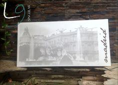 Muestra de fotograbado ranurado en madera de La Cibeles de Madrid.
