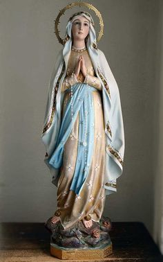 """Etsy のHoly virgin Mary of Lourdes Height 35.43 """"/90cm Glass Eyes Roses Religious Statue Antique Art /323(ショップ名:GliciniaANTIQUE)"""