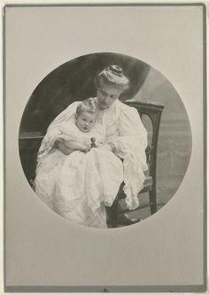 Hrabina Małgorzata Lanckorońska z córką Karoliną  PAUart