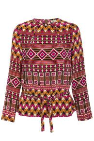 <3 The Wow <3 !! Cutout Neckline Print Top by ISSA