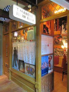aqua vitae... laat het levenswater stromen: 12mrt19 Amsterdam Museum Cafe Het mandje in expo ... Living In Amsterdam, Alcohol Signs, Different Kinds Of Art, Madame Tussauds, Design Museum, Aqua, Public, Van, Space