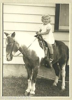 Vintage-B-W-Portrait-Photo-Little-Girl-on-Pony-Horse