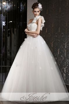 One Shoulder Tulle Ball Gown Wedding Dress