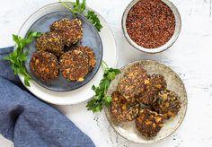 Valdemarsro - Livsstil og madblog med skønne nemme opskrifter Quinoa, Fish Dishes, Couscous, Plant Based Recipes, Salmon Burgers, Healthy Recipes, Healthy Food, Vegan, Baking